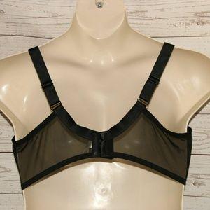 ef3501b28e Wacoal Intimates   Sleepwear - NWOT Wacoal 44DDD Stark Beauty Underwire Bra  Black
